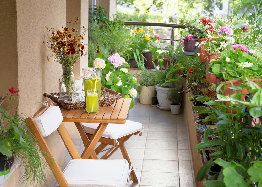 Conseils pour bien choisir une table de balcon
